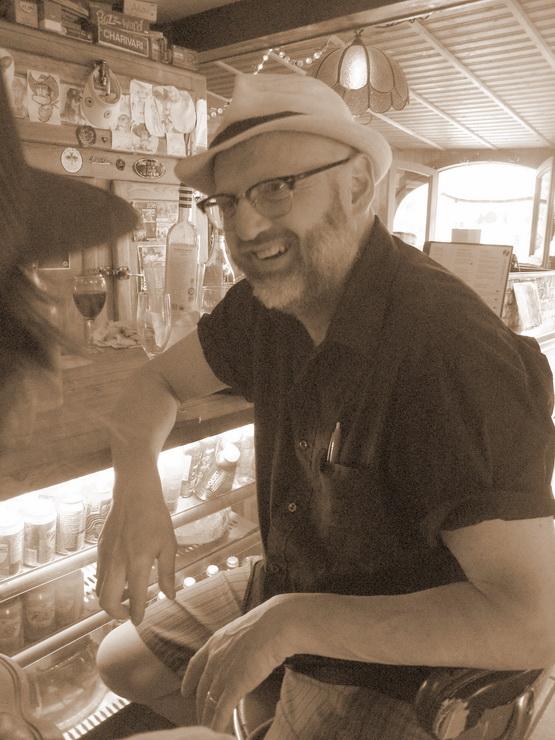 Martin Alary lors du vernissage du 31 mai au Mouton noir.